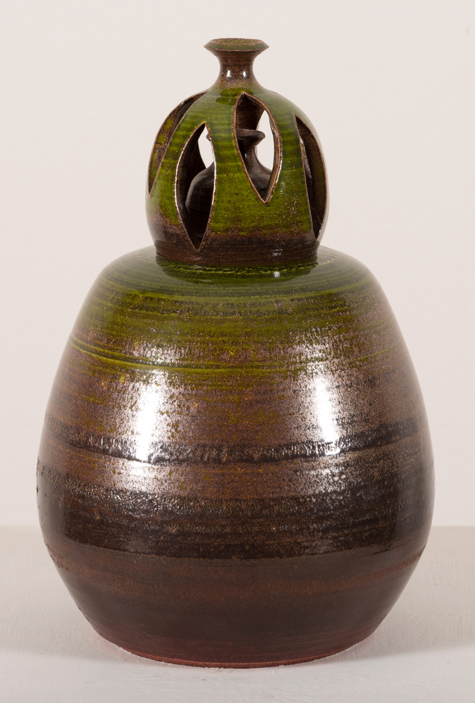 James Spires, Antique Green Urn