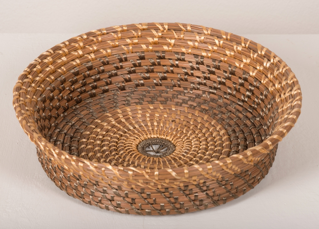 Robert Eck, Pine Needle Bowl