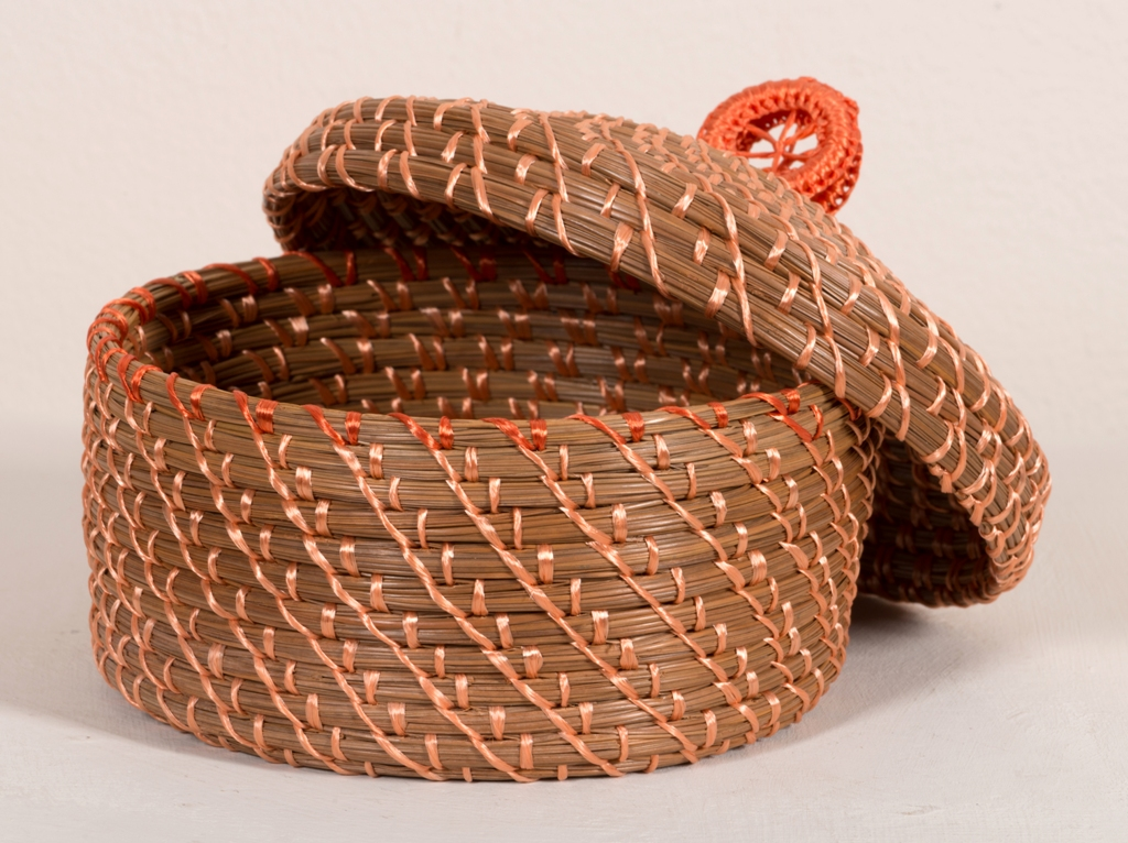 Robert Eck, Pine Needle Vessel